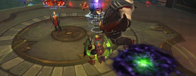 Второй босс монастыря Шадо-Пан меняет тактику – красные глаза над игроком обозначают, что Мастер будет гоняться за ним.