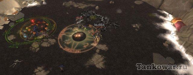 По правильной тактике героик Защитников Осады Оргриммара  танку теперь следовало бы оказаться поближе к остальной группе.