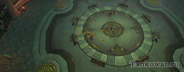 На финальной волне арены испытаний заклинатель появляется справа от ворот.